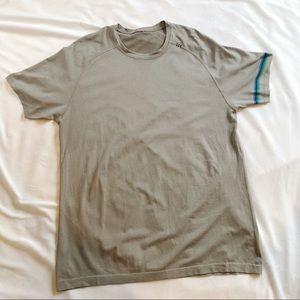 Men's Lululemon Light Gray Short Sleeve Tee